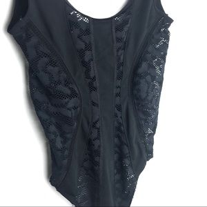 NWOT Good American lace bodysuit